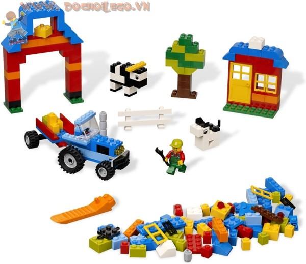 4626 LEGO® Farm Brick Box