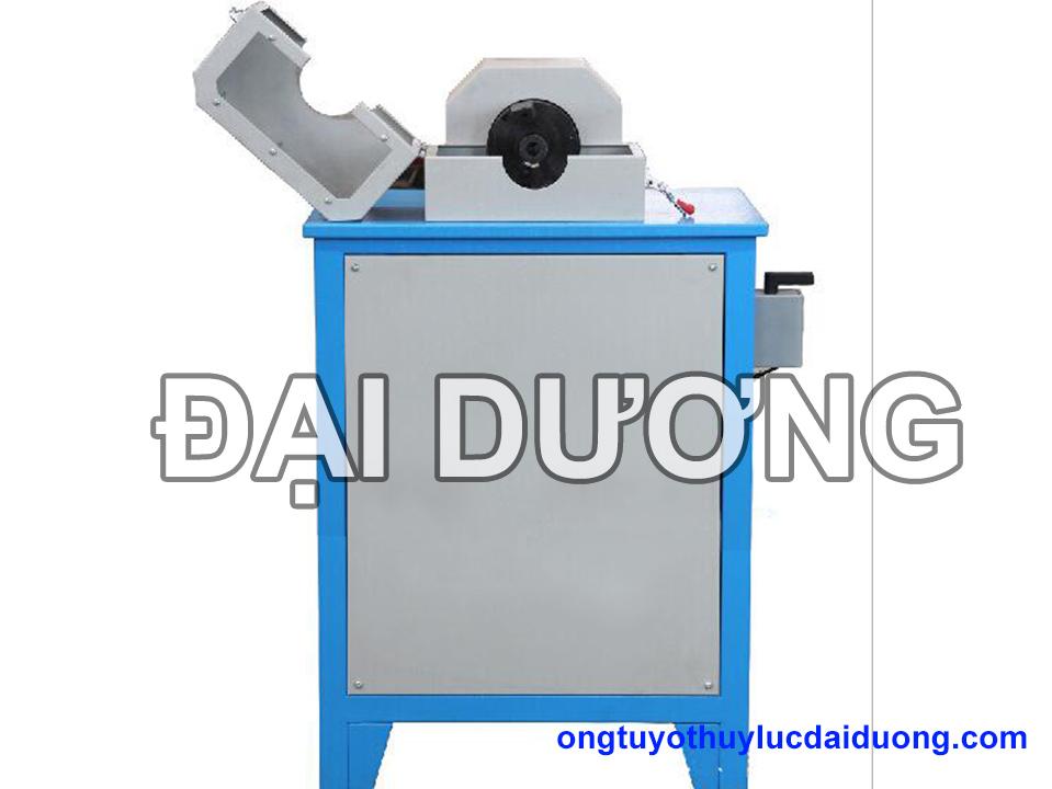 Máy cắt gọt vỏ ống tuy ô thủy lực