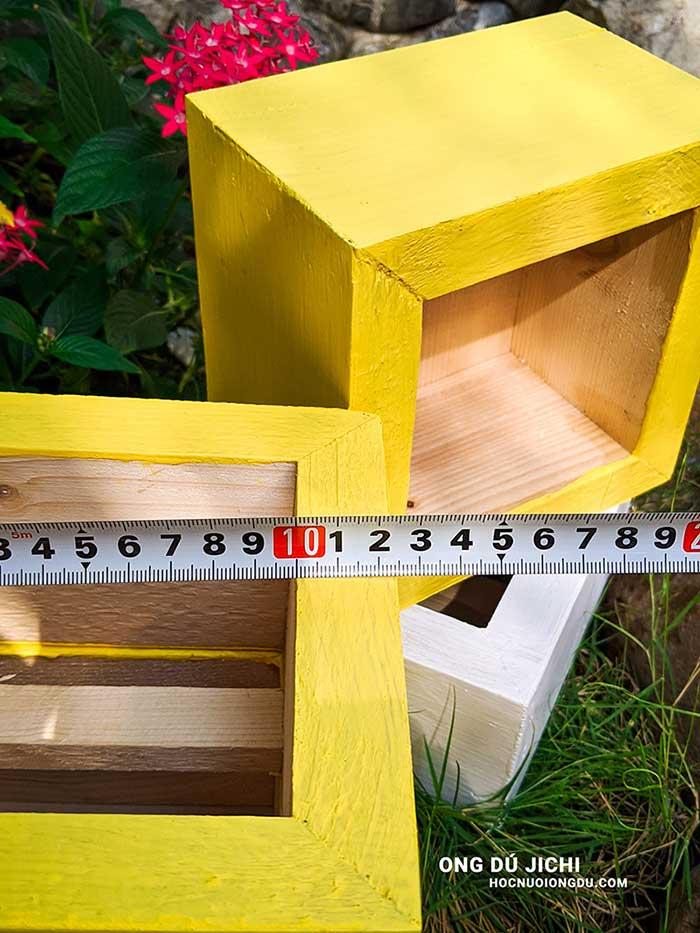 độ dày của gỗ làm thùng nuôi ong
