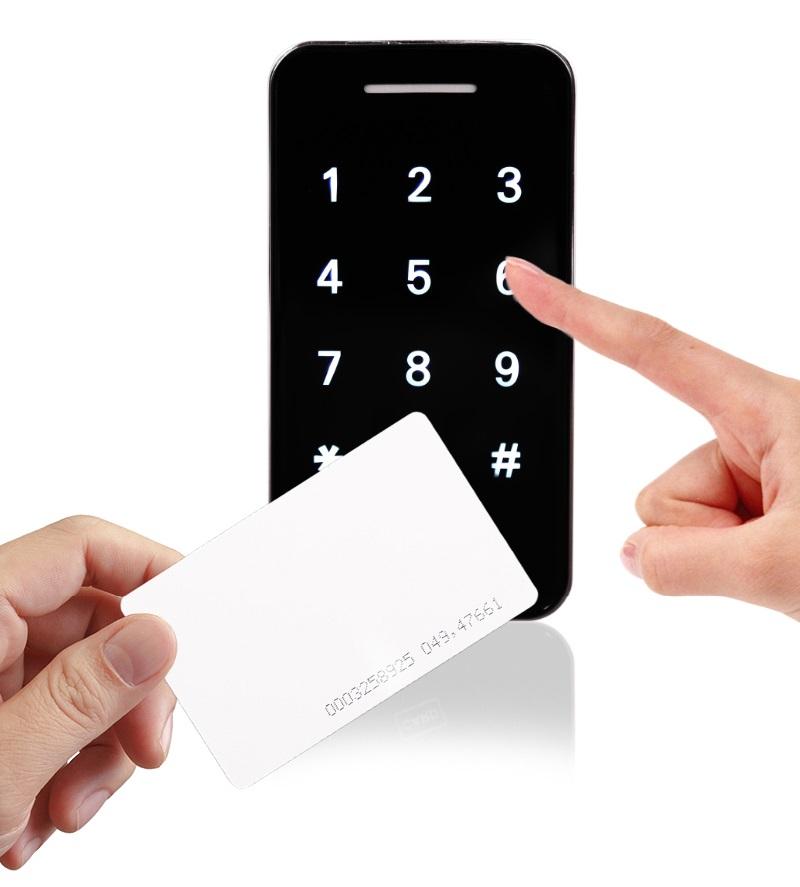 D0102 - KHÓA SỐ ĐIỆN TỬ CẢM ỨNG + THẺ TỪ NFC
