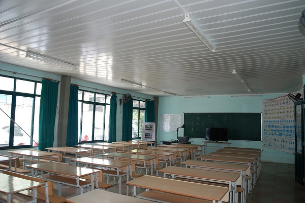 phòng dạy lái xe uy tín của Trung tâm đào tạo lái xe Long Biên