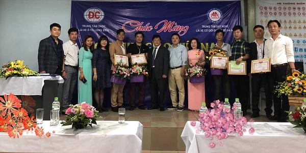 Nhận GPLX tại trung tâm dạy lái xe uy tín tại Hà Nội