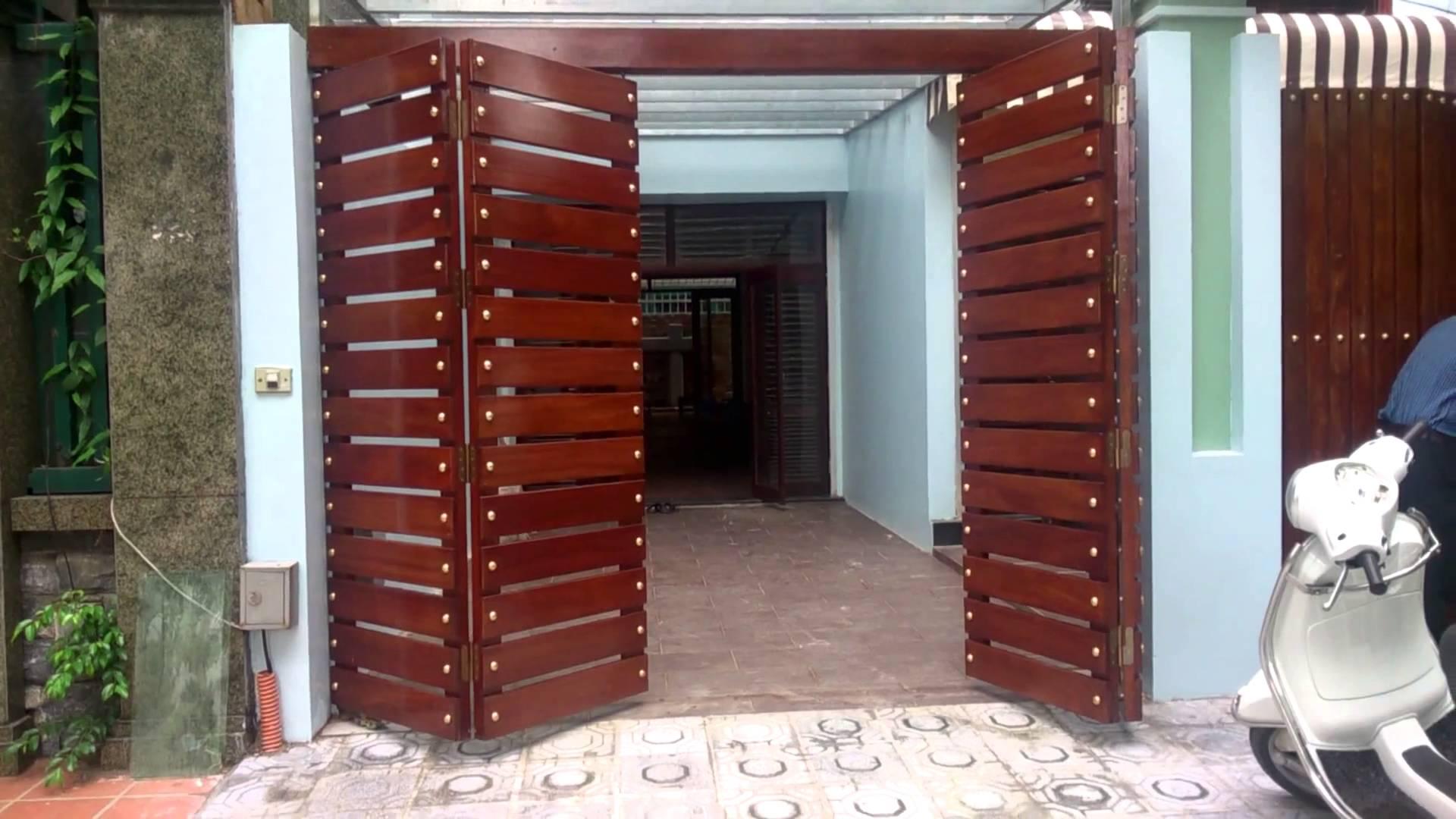Mẫu cổng gỗ 4 cánh đẹp