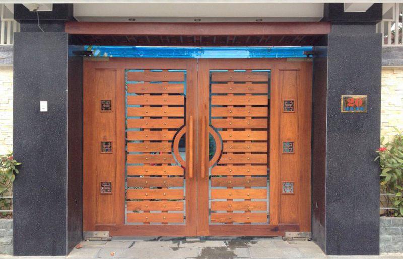 Mẫu cổng gỗ đẹp cho biệt thự