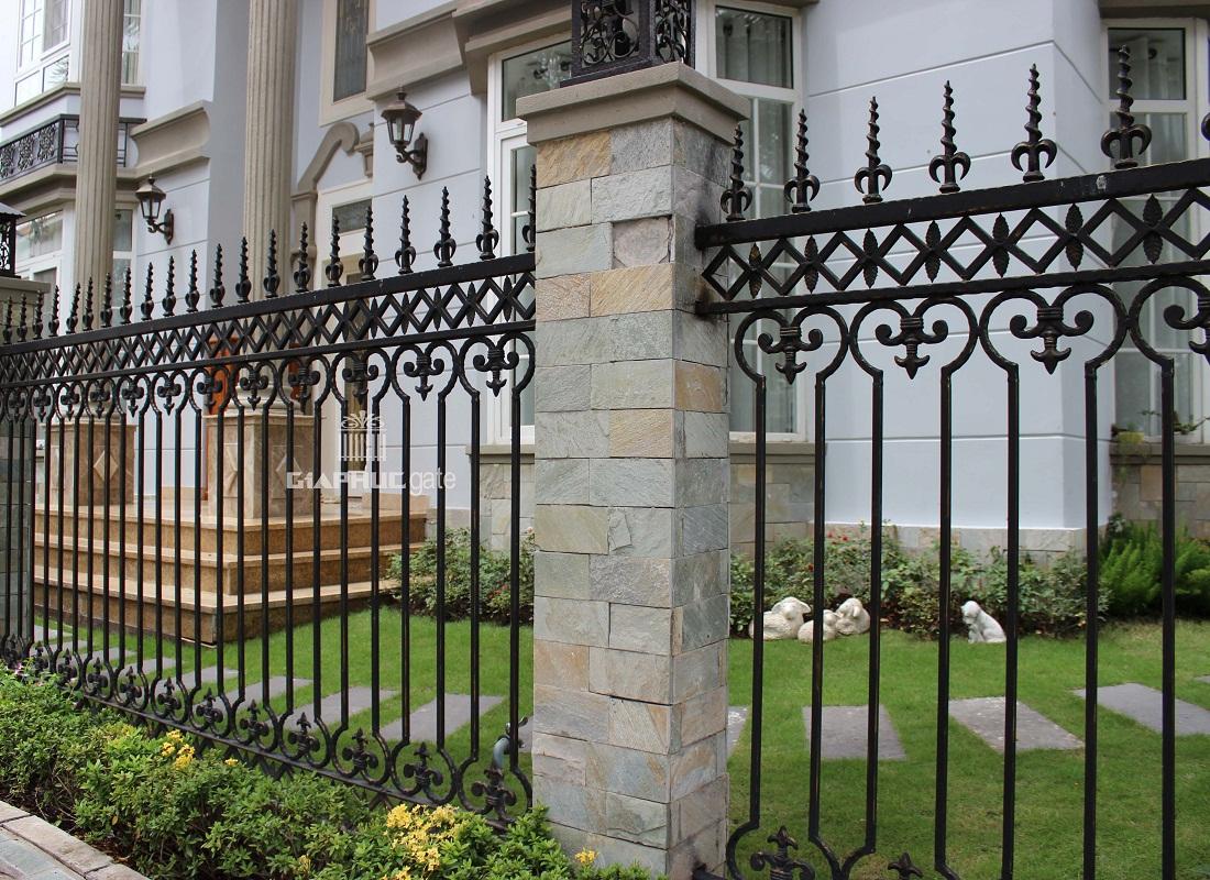 hàng rào sắt mẫu số 2