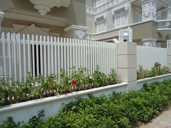 hàng rào đẹp với cấu trúc đơn giản