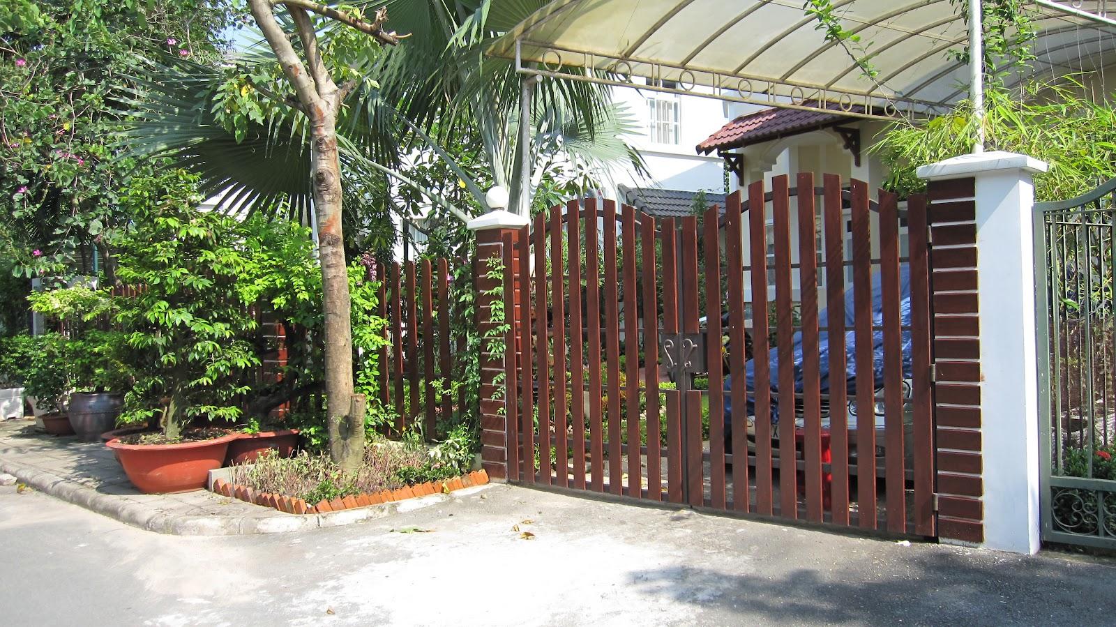 hàng rào gỗ mẫu số 3