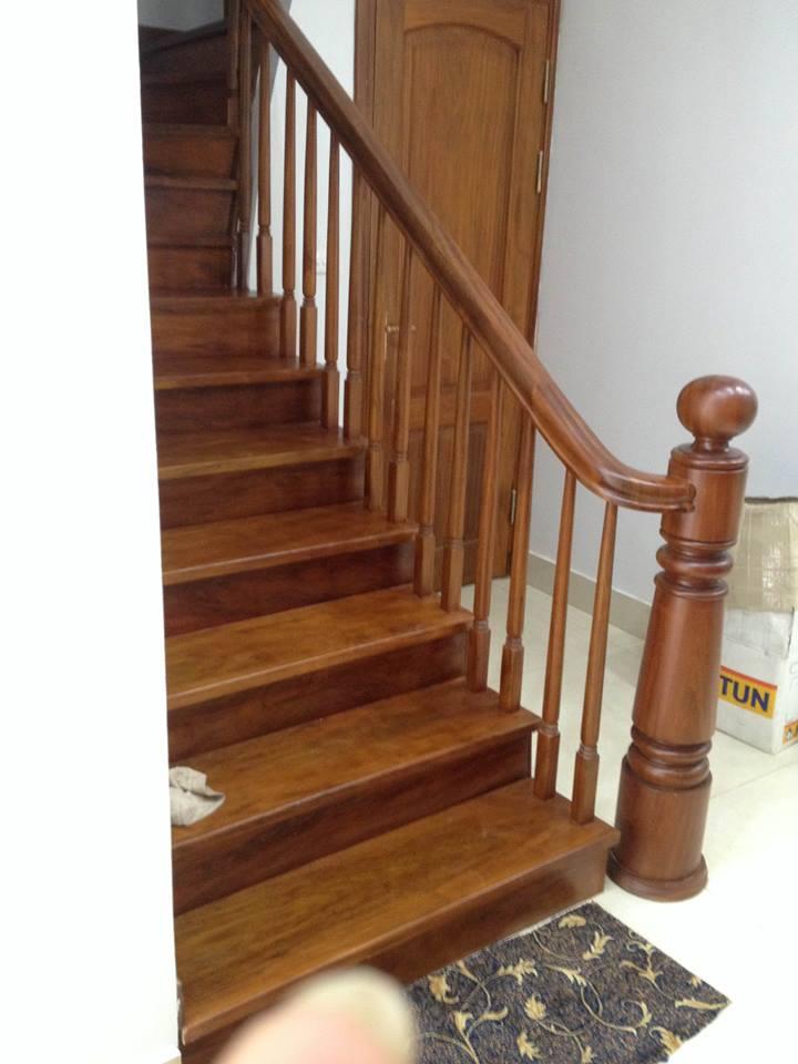 cầu thang gỗ lim đẹp