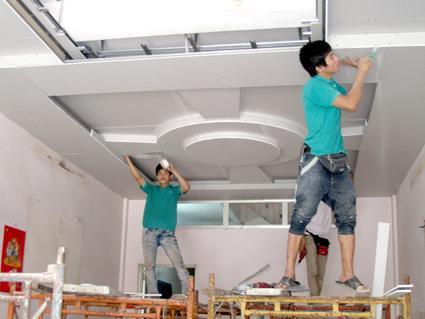 Thợ làm trần thạch cao