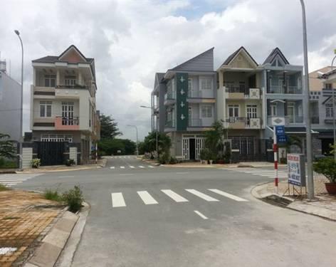 Nhà phố 2 mặt tiền tại Việt Nam
