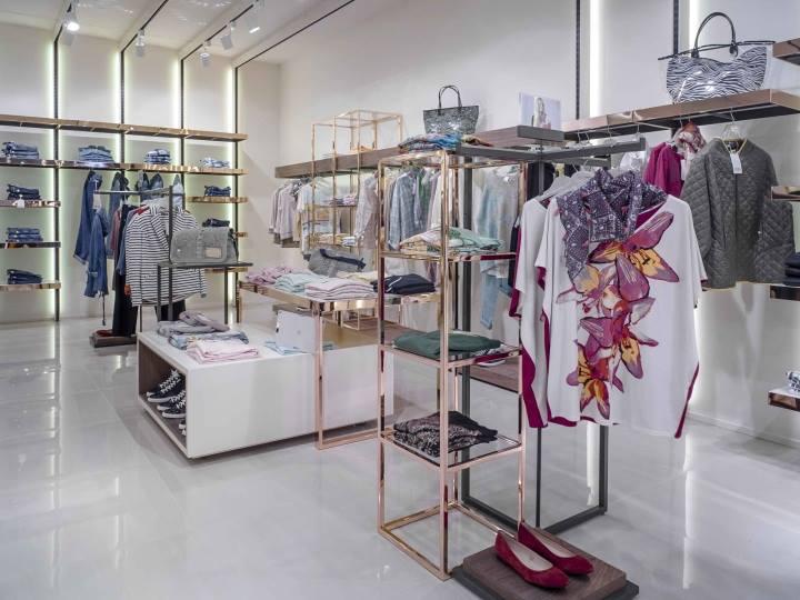 Thiết kế shop quần áo nữ đẹp