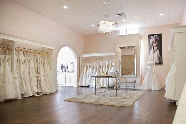 Thiết kế showroom áo cưới đẹp