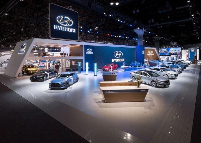 Thiết kế nội thất showroom ô tô ấn tượng