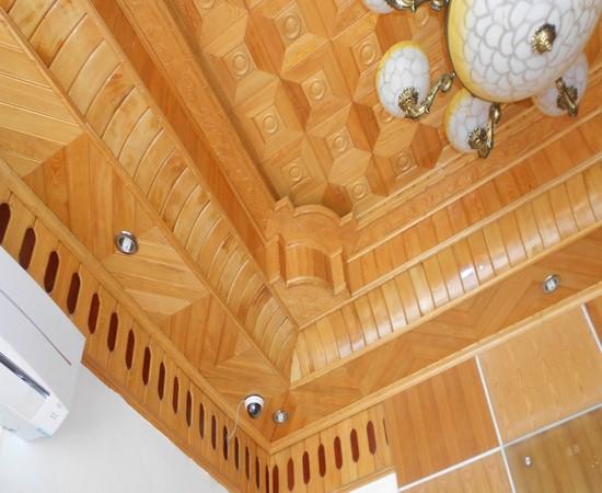 trần gỗ pơ-mu đẹp