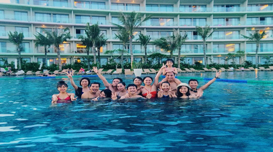 Bể bơi chính FLC Sầm Sơn