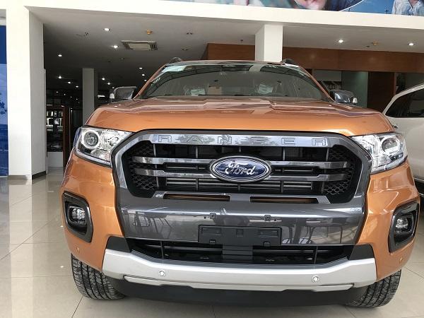 ford ranger 2019 gia lan banh - Chương trình khuyến mãi tháng 9 cho khách hàng mua xe Ford