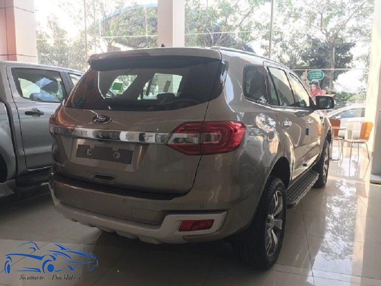 Ford Everest Titanium 2.2L AT 4x2 2017