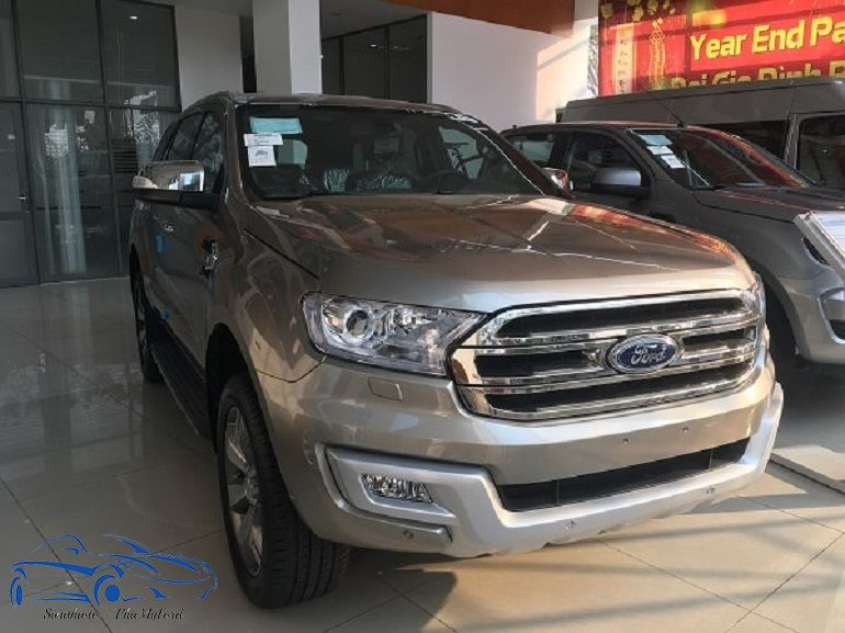 Ford Everest Titanium 2.2L AT 4x2