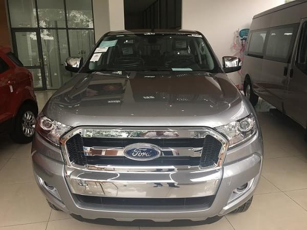 Ford-Ranger-XLT-2.2L-4X4-AT-2018