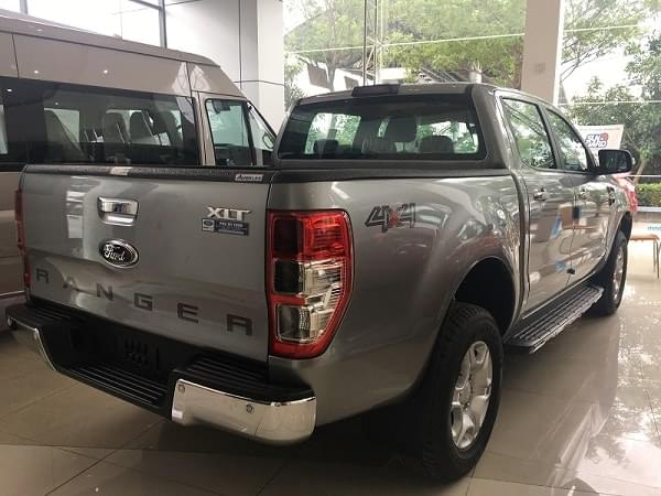 Ford-Ranger-XLT-2.2L-4X4-AT-2018-2