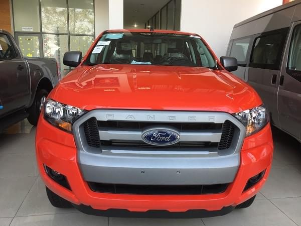 Ford Ranger XLS AT 1