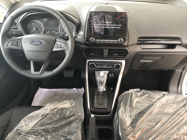 noi-that-Ford-Ecosport-Titanium-1.5L-AT