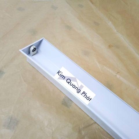Máng đèn PK hàn đầu tĩnh điện 1m2 1 bóng