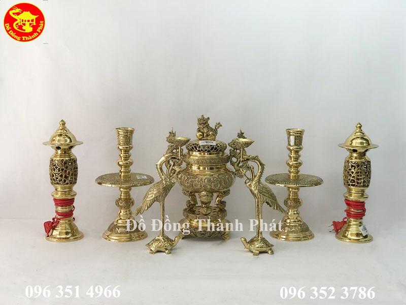 bộ thờ cúng bằng đồng đẩy đủ