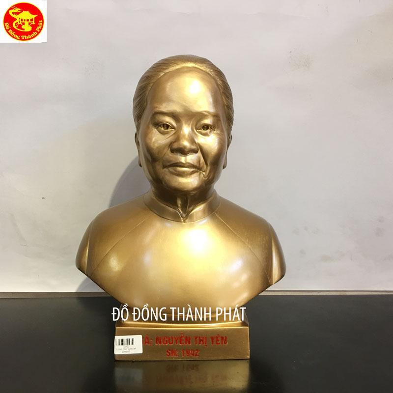 Đúc Tượng Chân Dung Truyền Thần Cụ Bà Cao 36cm Khách Quận 2 TP.HCM