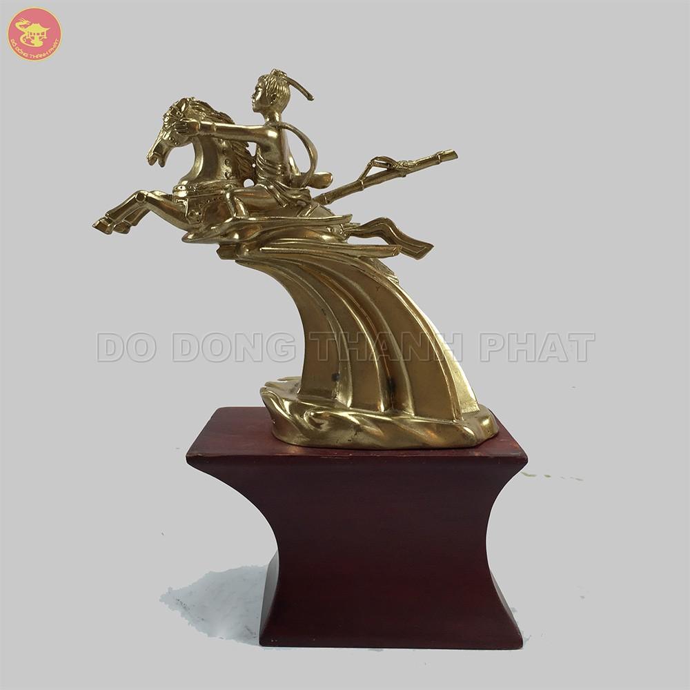 Quà tặng bằng đồng tượng Thánh Gióng cao 20 cm