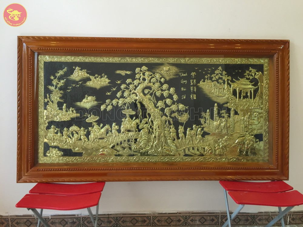 Bức tranh đồng vàng vinh quy bái tổ