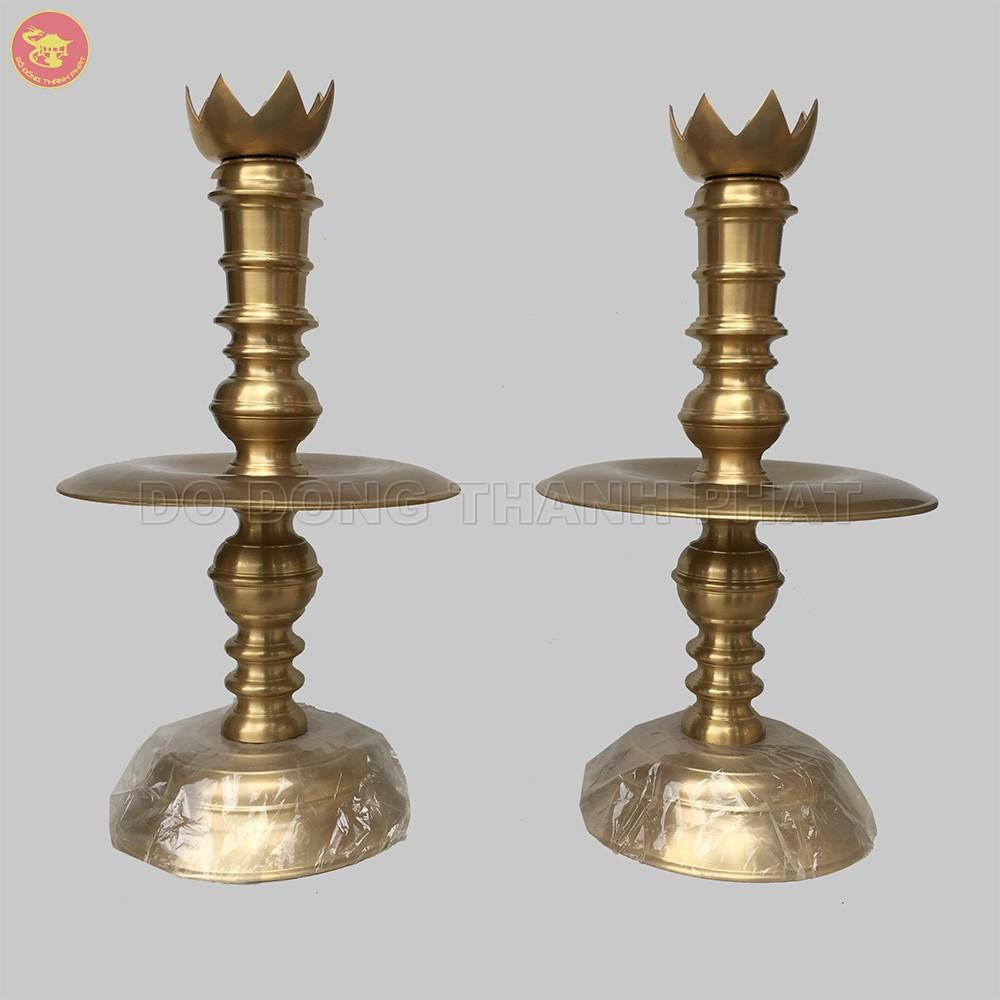Đôi chân nến đồng vàng cao 40 cm
