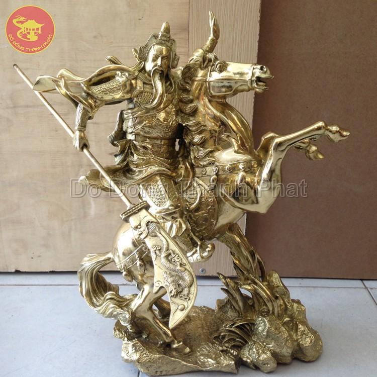 Quà tặng bằng đồng tượng Quan Vân Trường cưỡi ngựa