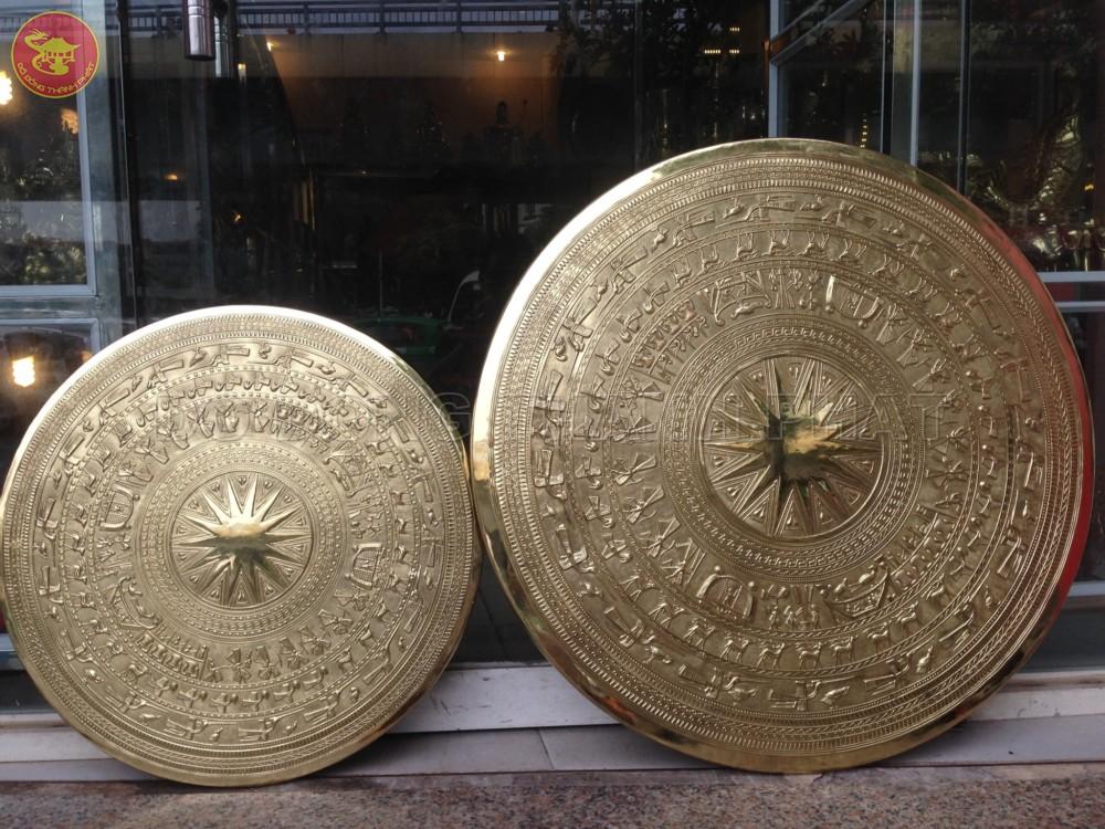 Mặt Trống Đồng Treo Tường Phòng Khách Đồng Vàng