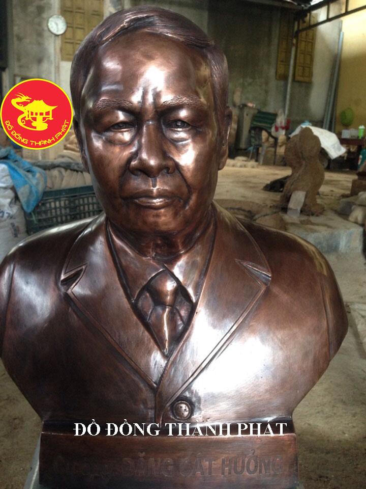 Địa chỉ Đúc Tượng chân Dung Bán Thân Cụ Ông cực đẹp uy tín tại Hà Nội, Đà Nẵng, HCM