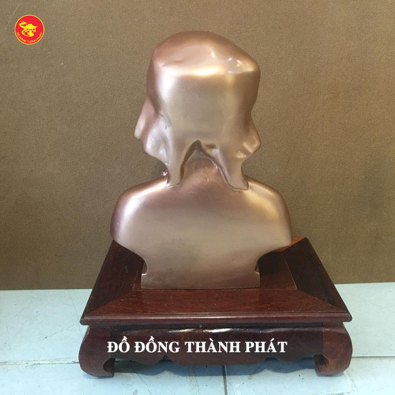 Đúc tượng cụ bà cao 48 cm tại Hà Nội