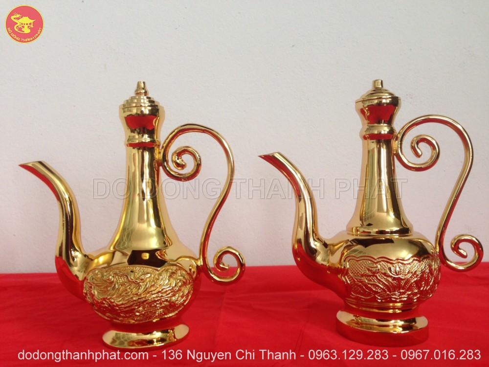 Bình rượu thờ cúng bằng đồng mạ vàng 24k