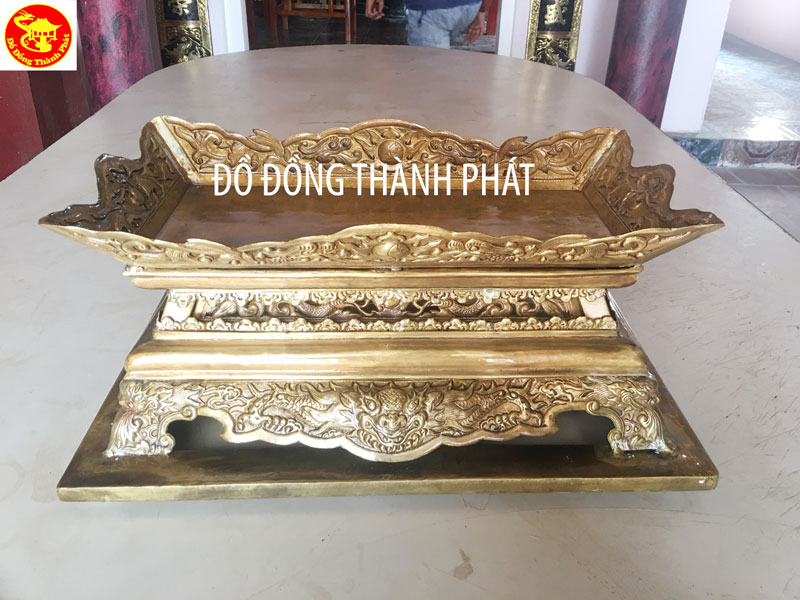 Khay Để Ngũ Quà Thờ Tại Nhà Thờ Họ Nguyễn Thái Bình Cao 27 Cm Rộng 40 cm