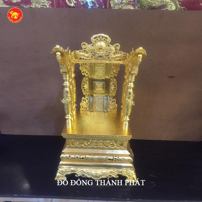 Ngai thờ bằng đồng dát vàng 9999 tại Hà Nội