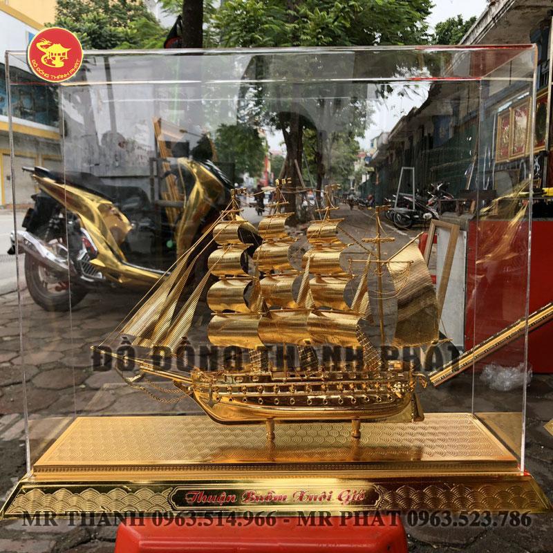Mô Hình Thuyền Bằng Đồng Dát Vàng 9999