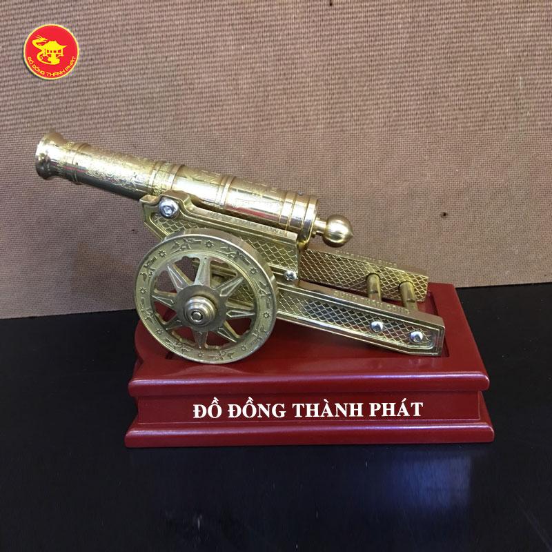 Súng thần công bằng đồng dài 22 cm tại Hà Nội