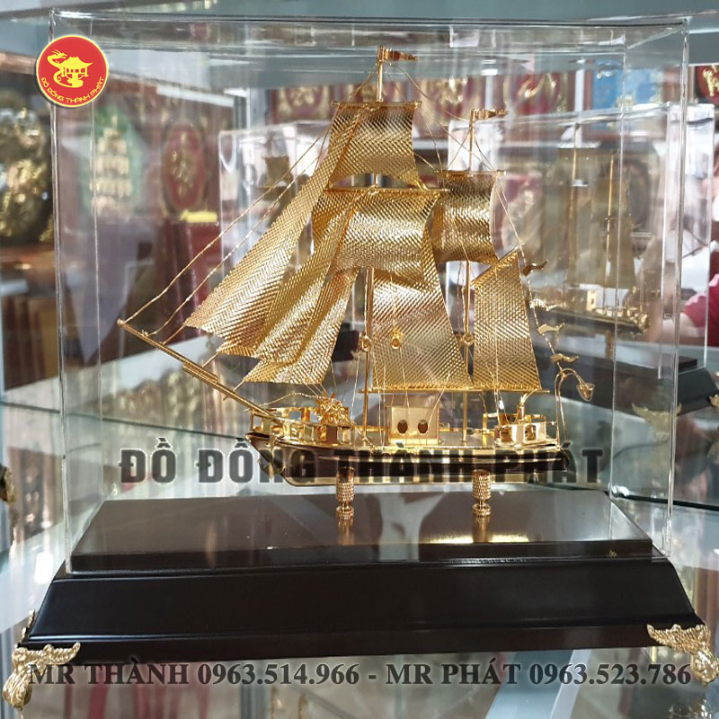 Mô Hình Thuyền dát Vàng 24k tại Hà Nội