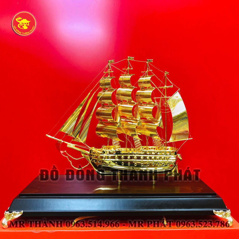 Quà tặng thuyền buồm bằng đồng