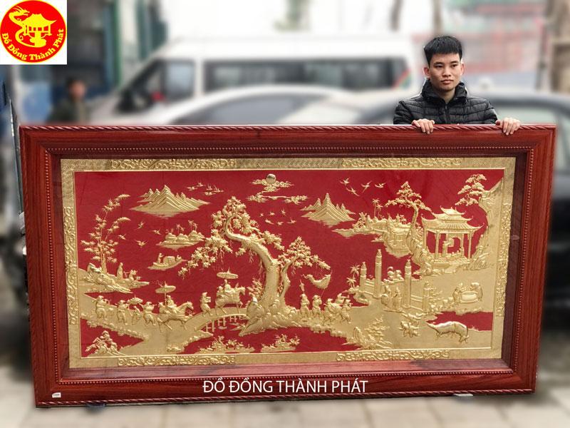Bức Tranh Đồng Mạ Vàng 24 k Vinh Quy Bái Tổ Khung Gỗ Hương Vân Dài 2,31 m Cho Khách TP. Vinh Nghệ An
