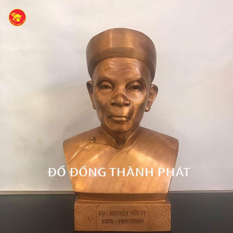 Đúc tượng cụ ông cao 48 cm tại Hà Nội