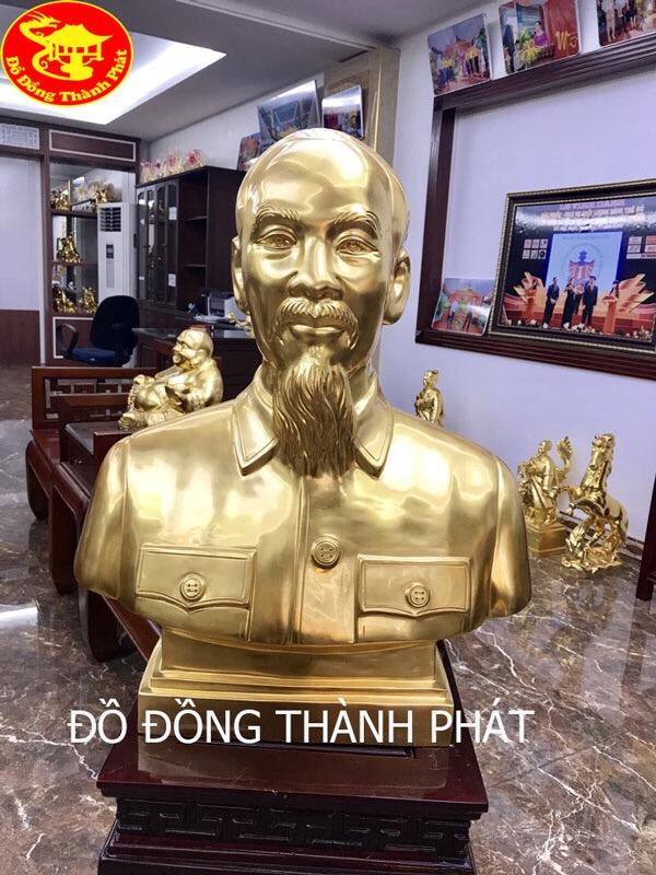 Đúc Tượng Chân Dung Bán Thân Bác Hồ Bằng Đồng Vàng