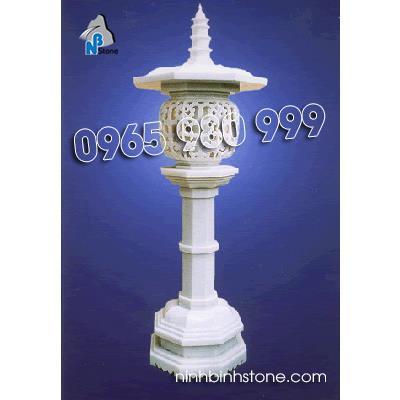 Đèn đá đình chùa 01