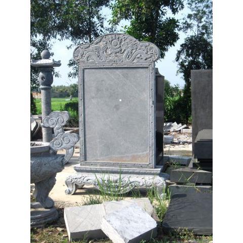 Bia đá chạm khắc