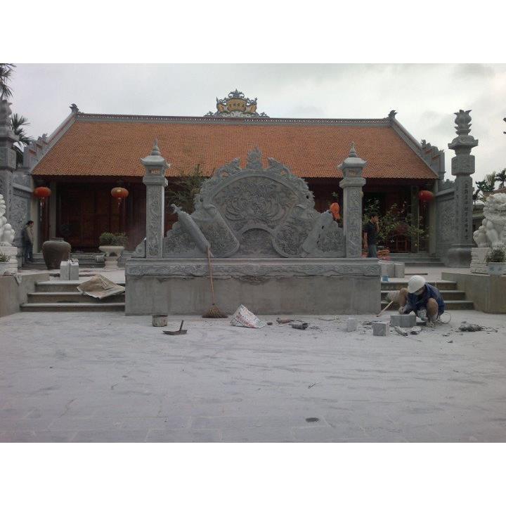Bình phong bằng đá sân chùa