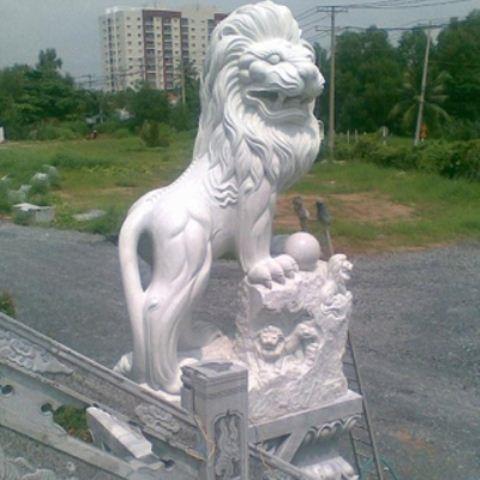Sư tử đá 07